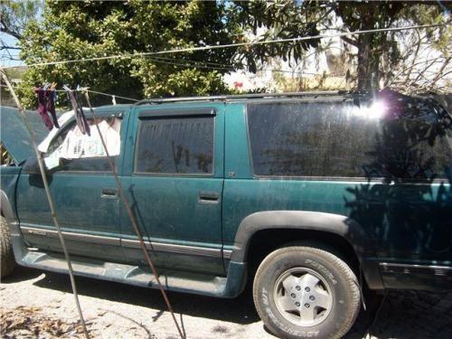 Fotos de camioneta chevrolet suburban 95 toda o por partes en Puebla