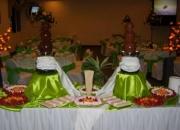Fuentes de chocolate, chamoy, tamarindo y queso
