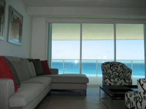 Rento departamento frente al mar en cancún por semana