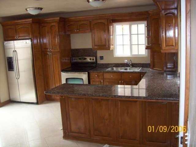 Cocina de granito fotos imagui for Cocinas en granito natural