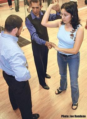 Escuelas de baile balderas solicita instructores sin experiencia