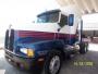 Tracto Kenworth T600 año 2005 blanco-azul