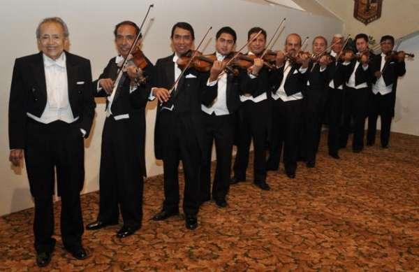 Los violines de villafontana en su evento