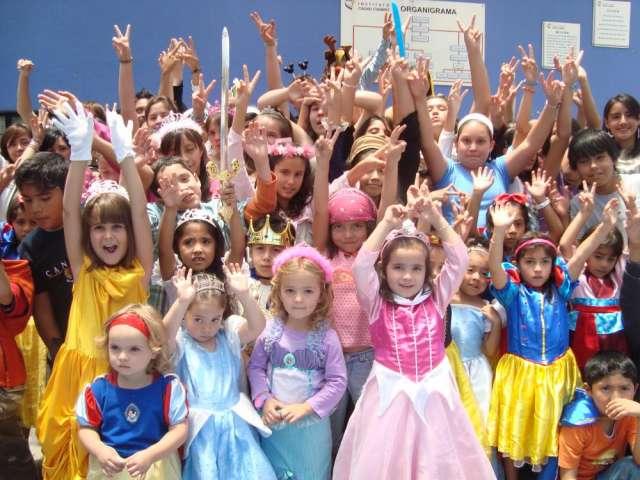 Mejor curso verano de teatro musical www.exitoyfama.com