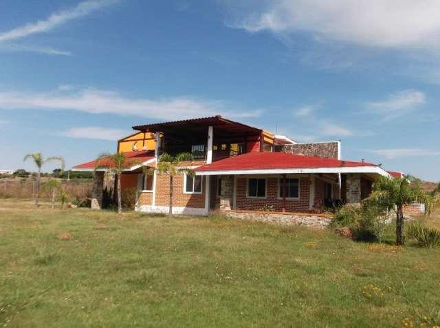 Hermosa casa de campo en cajititlan!!