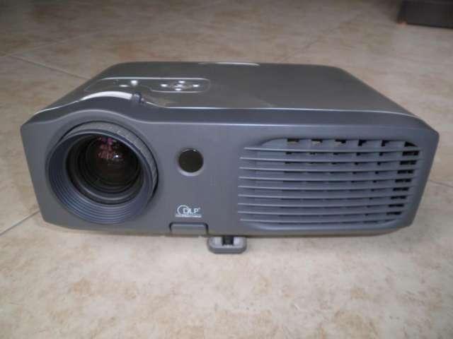 Proyector hd optoma ep739, alta calidad, excelentes condiciones