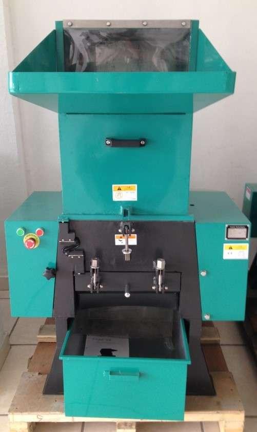 Molino / triturador 10 hp para procesamiento de plastico