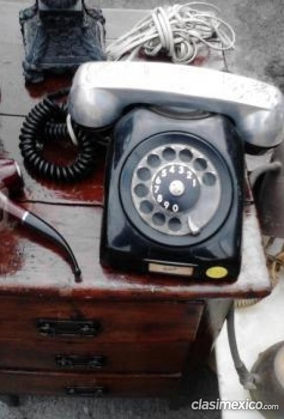 Por viaje vendo telefono de disco para coleccionistas.