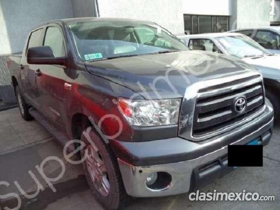 Toyota tundra 2012 4x4