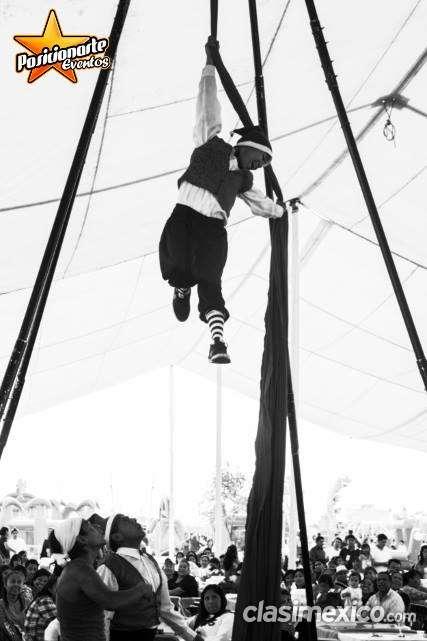 Show de danza aérea para eventos de navidad en ciudad de méxico