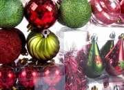 Arma y empaca cajas de esferas navideñas desde casa