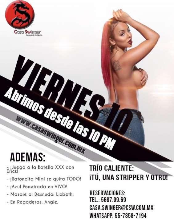 Viernes 10 en csw: ¡tú, una stripper y otro!