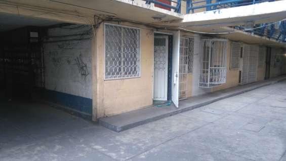 Coinmver vende departamento sobre calz. de la viga, del. iztapalapa