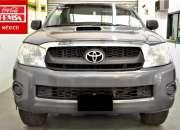 Toyota hilux 4x4 trd año 2014