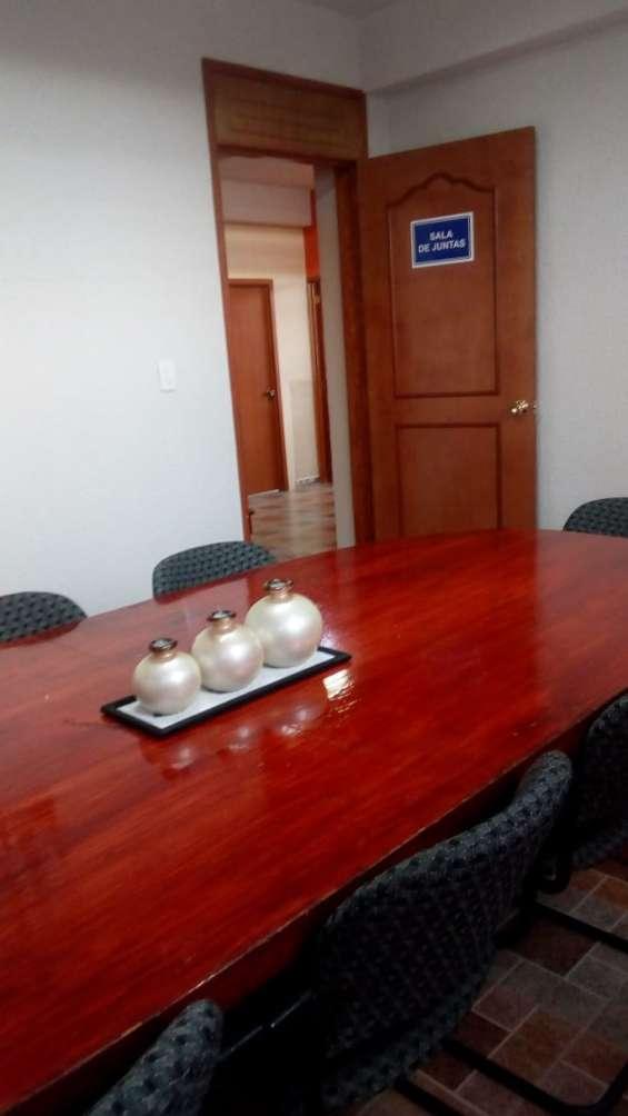 Oficinas ejecutivas con todos los servicios en renta