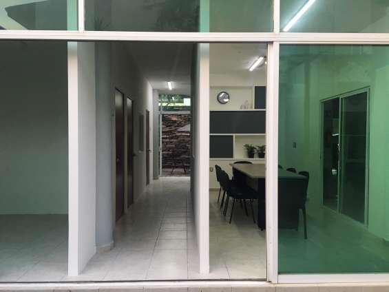 Centro de oficinas ejecutivas en renta