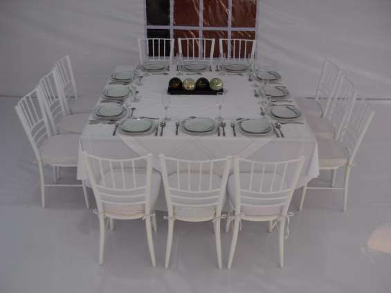 Renta de lonas de mesas para sus fiestas