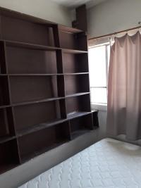 Rento cuarto con cama