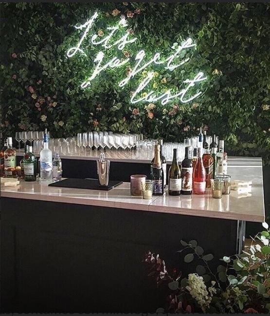 Barman, bebidas, coffee break, coctelería