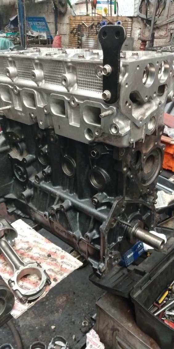 Motor nissan urvan diesel